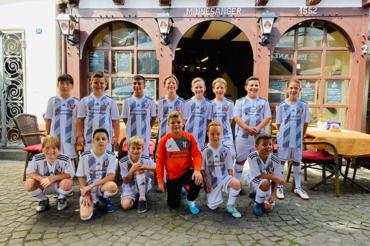 VfB Linz E2-Junioren im neuen Trikotsatz